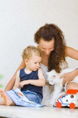 My vegan family - mom, child and cat